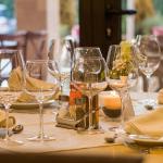 Gastronomie muss nun doch keine Gästelisten führen
