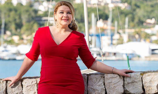 Plus Size Model Dina: auch füllige Frauen können sich stilsicher kleiden