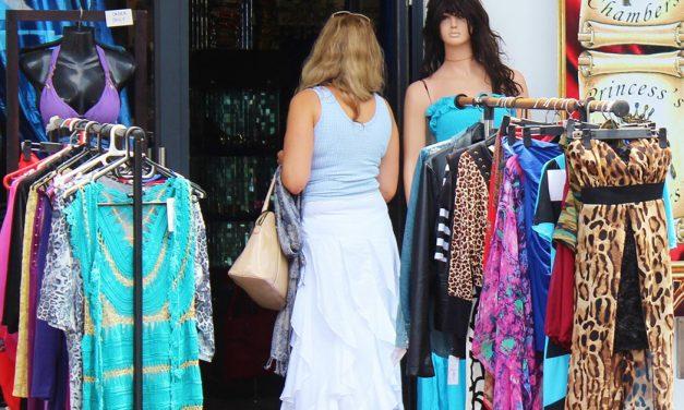 XL-Kleiderkauf auf Mallorca –  so schwer ist das wirklich